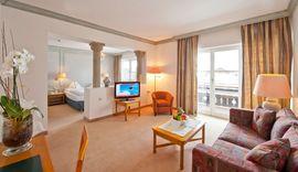 Zimmer im Best Alpine Wellnesshotel THERESA im Zillertal