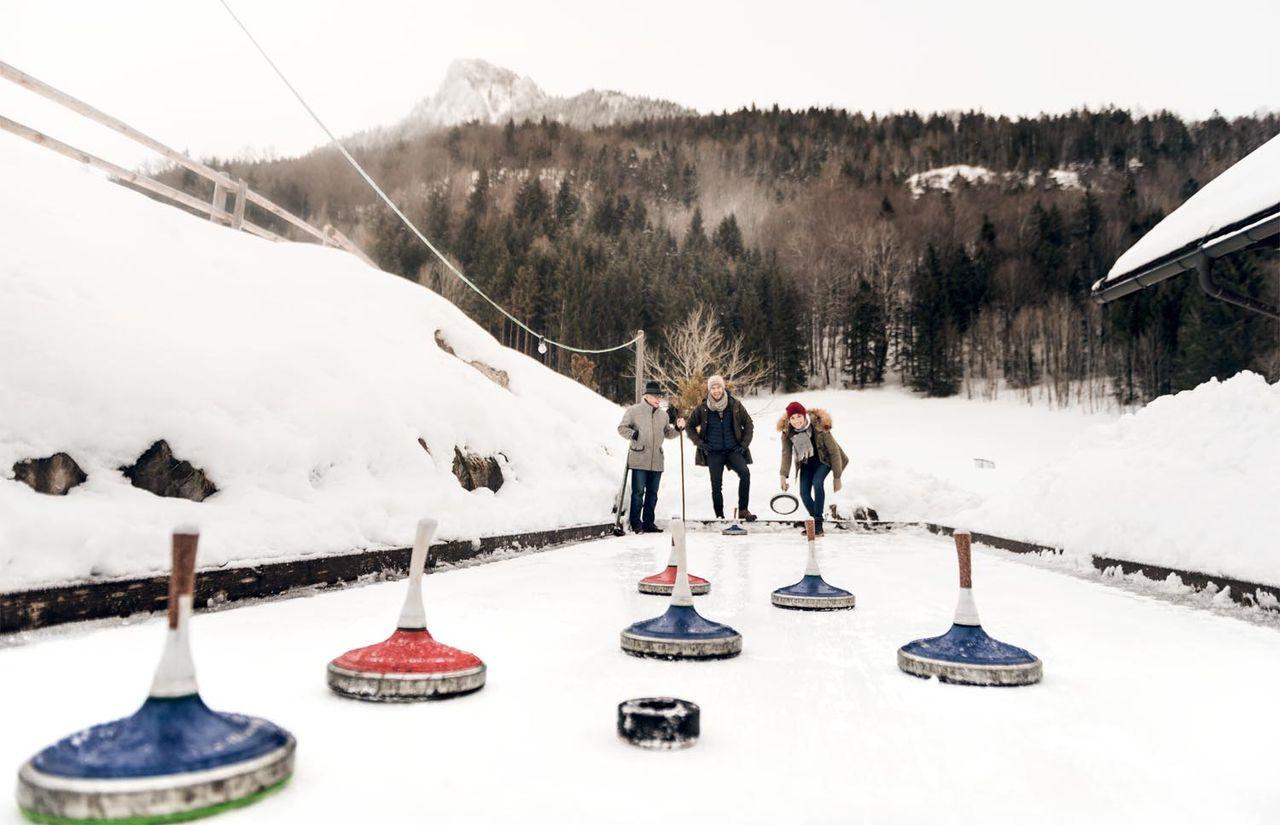 Eisstockschießen auf der Waldhof Alm