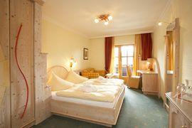 Double-bed room Hundstein