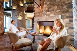 Magical Advent Days with an Advent basket of goodies + 1 Night FREE | 4 nights