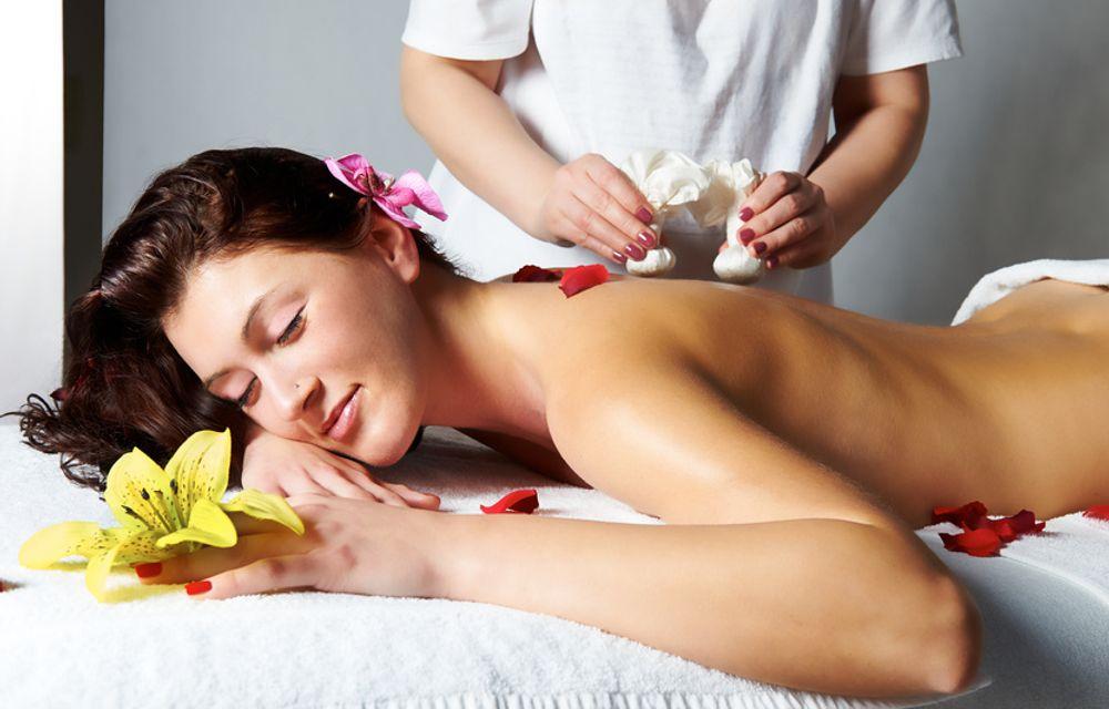 Kräuter Stempel Massage | Teilkörper 45 Minuten
