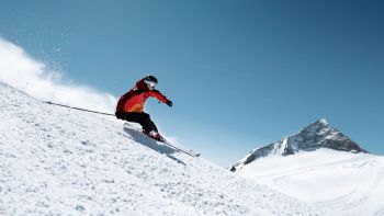 Skiing in Zillertal