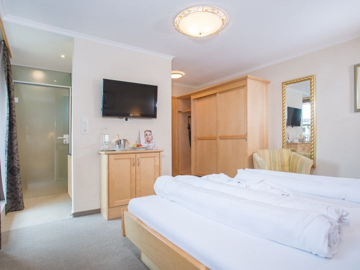 Kristall Luxury Double Room