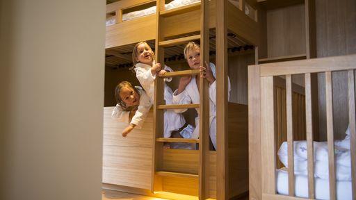 Ankommen und genießen: In den Suiten vom Familotel Ulrichshof fühlen Sie sich wie zu Hause.