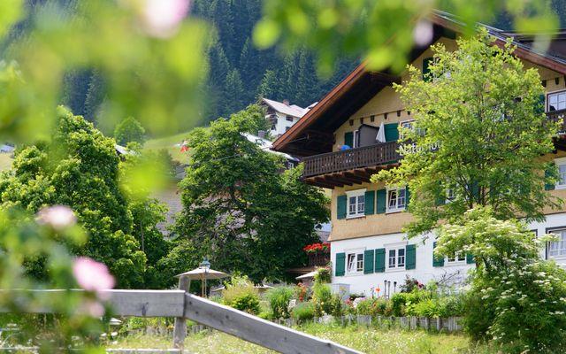Biohotel Chesa Valisa: Urlaub im Kleinwalsertal