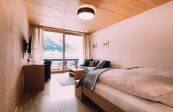 Biohotel Chesa Valisa Hirschegg Zimmer Königskerze Komfort (6/6) - Das Naturhotel Chesa Valisa