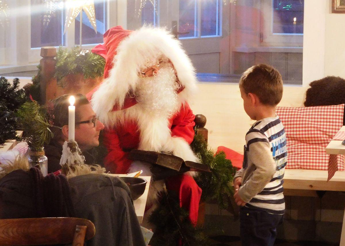 Festliche Weihnachtszeit im Winterdorf inkl. Frühstück