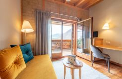 ECO-Camera doppia Panorama lato sud con amaca e terrazza soleggiata (3/4) - Biohotel Panorama