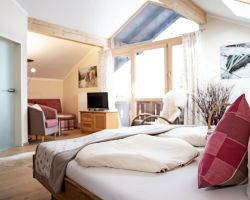 Biohotel moor&mehr:  Panorama Suite Wildrose - moor&mehr Bio-Kurhotel, Bad Kohlgrub, Bayern, Deutschland