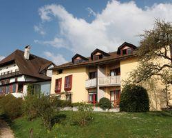 Biohotel L'Aubier Eco-Hotel: Außenansicht - L'Aubier, Eco-Hôtel, Montezillon, Neuenburg, Schweiz