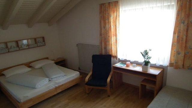 Bio-Mehrbettzimmer ohne Balkon