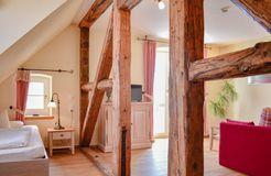 Biohotel Parin Zimmer Wasser (2/4) - Hotel Gutshaus Parin