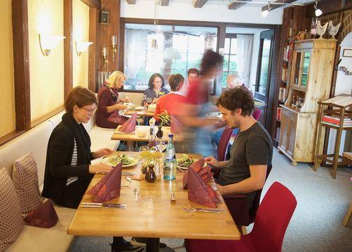 Biohotel Forellenhof: Restaurant - Bio-Hotel Forellenhof, Bad Endbach, Hessen, Deutschland