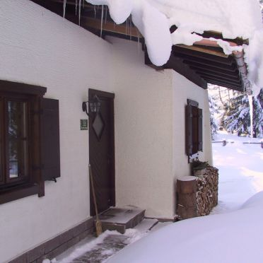Steindl Häusl, Eingang