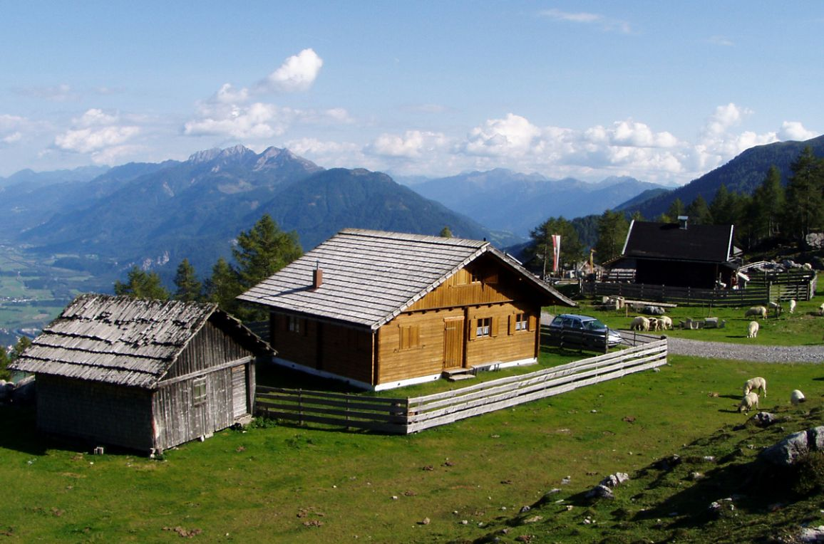 Fröschlhütte, Frontansicht1
