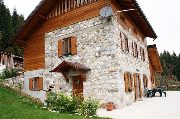 Eingang, Maso Alice, Cinte Tesino, Trentino, Trentino-Südtirol, Italien