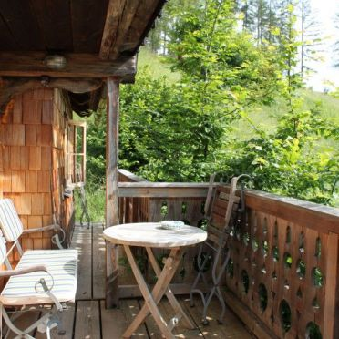 Kuschelhütte, Balkon