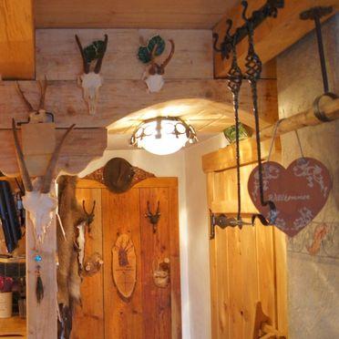 Hammer-Hütte, Dekoration
