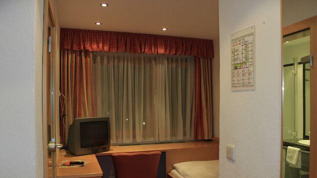 Einzelzimmer (klein)