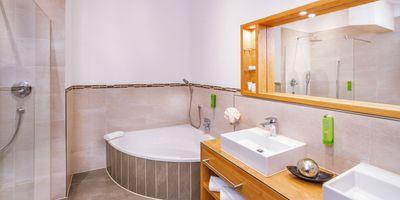 Deluxe Alpen Suite 70 m² 1/2