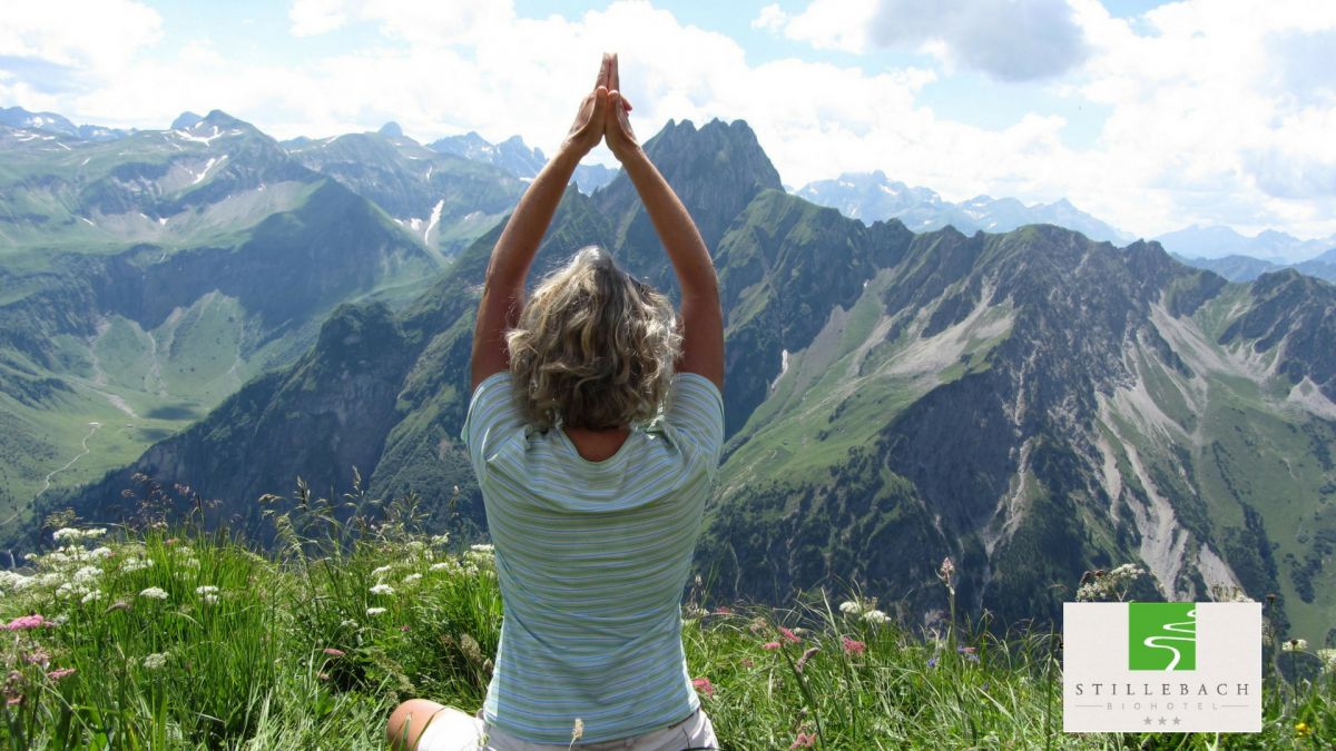 Yoga and Hiking with Annja Dubau