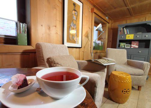 Biohotel Stillebach: Gemütlich bei einer Tasse Tee - Biohotel Stillebach, St. Leonhard im Pitztal, Tirol, Österreich