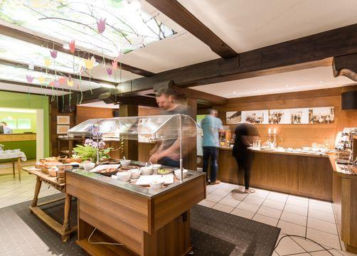 Biohotel Stillebach: Frühstücksbuffet, das kaum Wünsche offen lässt - Biohotel Stillebach, St. Leonhard im Pitztal, Tirol, Österreich