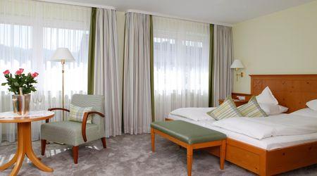 - Comfort Room