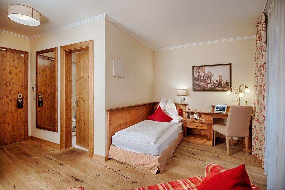 Single Room Edelweiss 3/3