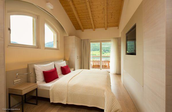 Roof-Top Suite 1/3