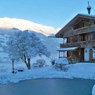 Winter, Bergchalet Klausner Edelweiß in Ramsau im Zillertal, Tirol, Tirol, Österreich