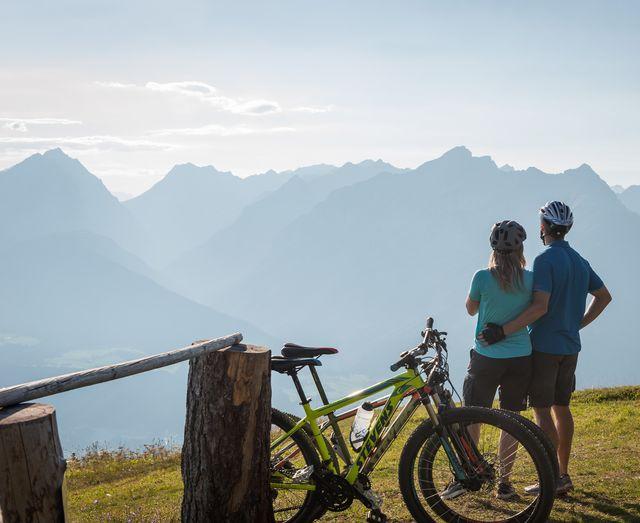 Bike & Hike Deluxe