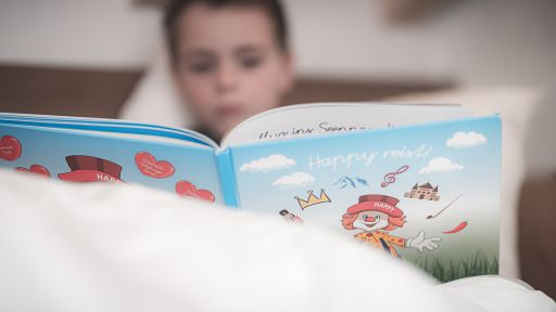 """Spannende Geschichten für groß und klein """"Happy reist!"""""""