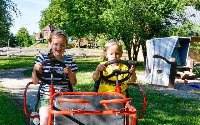 Bio Kinder- und Familienhotel Gut Nisdorf: Anlage und Freizeitangebote