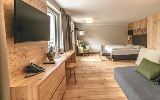 Bio-Wellnesshotel Holzleiten: Zimmer und Suiten liebevoll eingerichtet