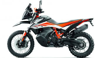 KTM Adventure 790 - Rent