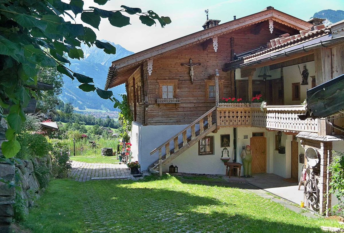 Chalet Klausner Kuschelsuite - Cabins and Chalets in the Alps
