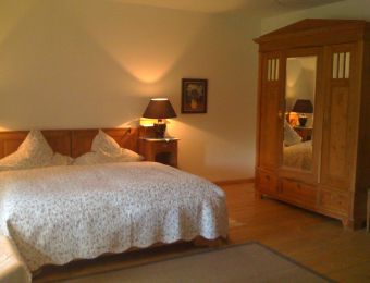 "Double room ""large lake view"" - Haus am Watt"