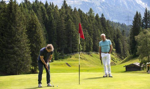 """Golf: """"Platzreife"""" in einer Woche"""