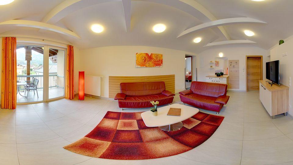 Villa Suite Karglhof - Wohn/ Esszimmer