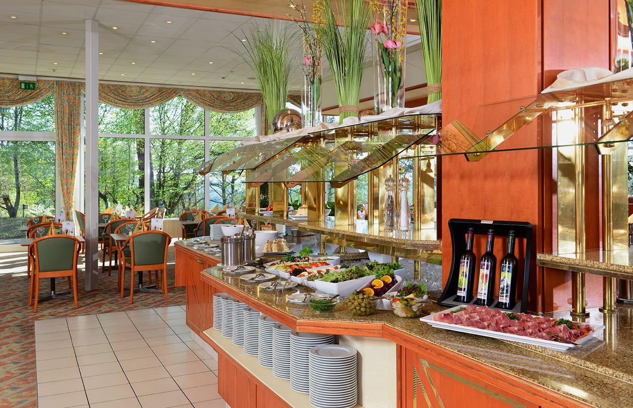 Restaurant Abendbuffet Hotel Sonnenhügel (5).JPG