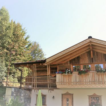 Almchalet Schneeberg, Sommer