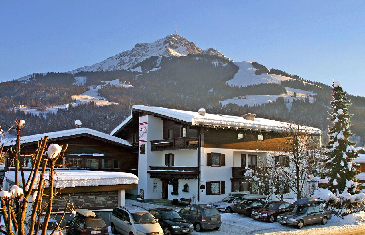 Hotel-Central-Winter.jpg