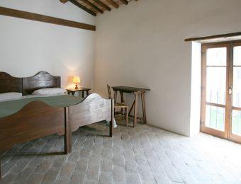 "Double Room ""Manna-Esche"" - Bio-Agriturismo La Cerqua"
