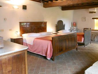 """Multi-Bed Room """"Feldahorn"""" - Bio-Agriturismo La Cerqua"""