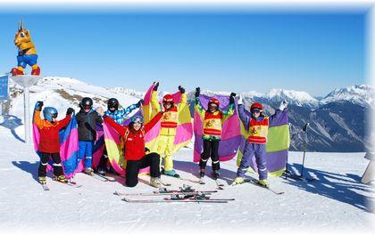 5 Nächte Sonnenskilauf inkl. 4 Tages-Skipass zum HALBEN Preis und Babyclub GRATIS