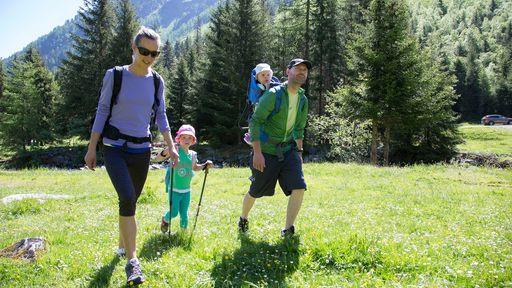 Das Familotel Alpenhotel Kindl im Stubaital ist der perfekte Ort für Ihren Aktivurlaub mit der Familie.
