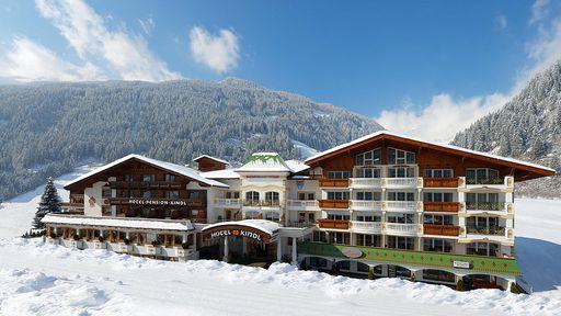 Skifahren, Rodeln oder einfach nur entspannen! Genießen Sie die einzigartige Winterlandschaft im Familotel Alpenhotel Kindl im Stubaital in Tirol