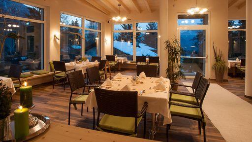 Erfreuen Sie sich und Ihren Gaumen im Restaurant des Familotels Lärchenhof an Köstlichkeiten und Spezialitäten.