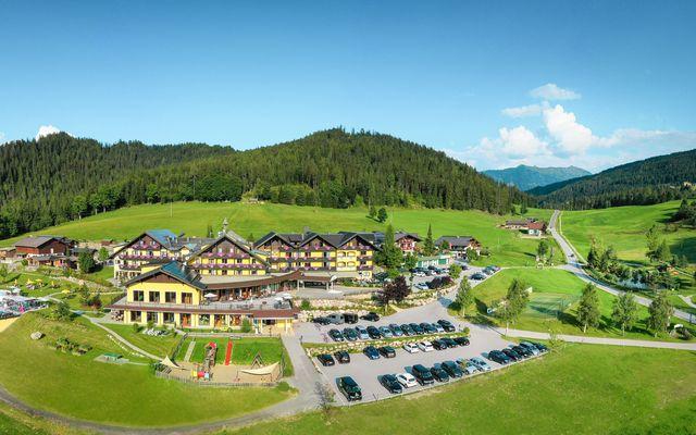Hotel Ansicht Sommer 2019.jpg